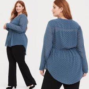 Torrid size 3x blue long sleeve polyester blouse.